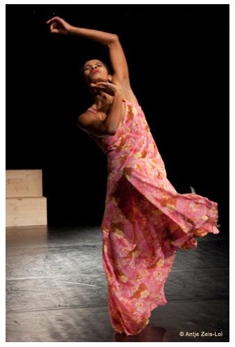 Regina Advento - Fliegen - Choreografie - Foto: Antje Zeis-Lai